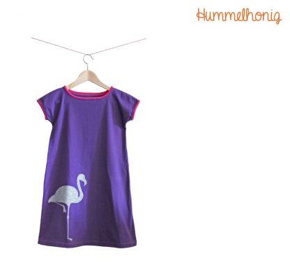 Designbeispiel Flamingo auf Flamingo-Kleid