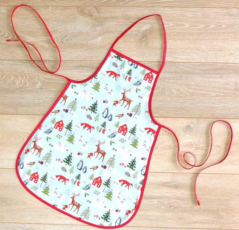 Kinderschürze für die Weihnachtsbäckerei