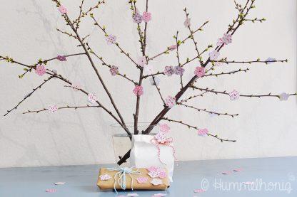 06-018_Designbeispiel Bastelbook Kirschblüten